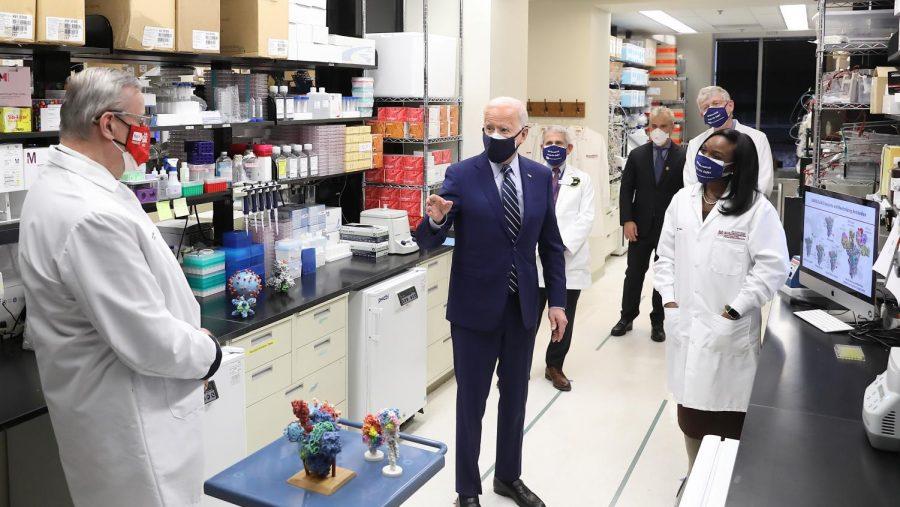 President+Biden+Visits+NIH+Vaccine+Research+Center