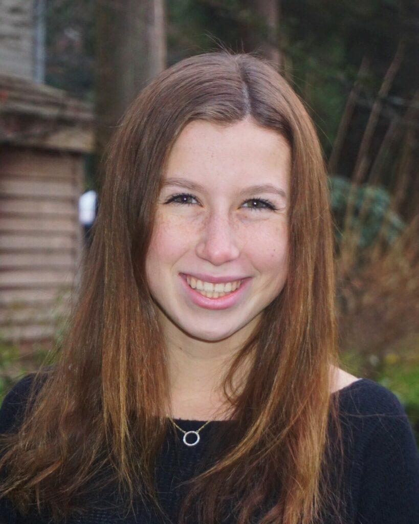 Amanda Ruzumna